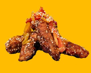 We are not gonna steal any sort of finger licking quotes for legal reasons! But if we were to it would definetly be about our sticky tenders! This award winning soya & sesame glaze is delicious! Available @ Hotchix.ie #YourBreastFriend #Chicken #buttermilkchicken #foodie #hotchix #sticky #takeaway #dublin #rubys #buttermilk #tenders #burgers #foodofinstagram