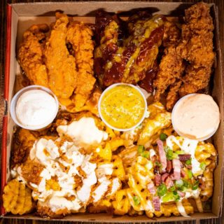 Do you know what day it is? Tender Sunday Baby!! Tag who you are ordering this with tonight -> www.hotchix.ie #dublinfood #dublin #dublinfoodie #lovindublin #ireland #dublineats #foodie #irishfood #discoverdublin #food #dublinfoodguide #funny #dublinrestaurants #foodporn #dineindublin #dublinfoodies #eatingdublin #instafood #irishfoodie #irish #dublincity #dublinireland #dublincafe #cheese #dinner #dublinfoodstagram #foodstagram #cocktails #foodlovers